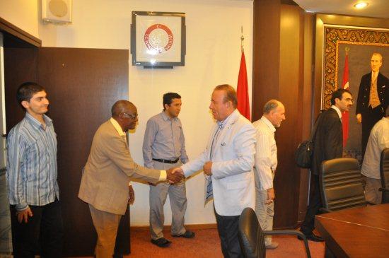 RUBA Vakfı üyeleri, Vali Oğuz'u ziyaret etti